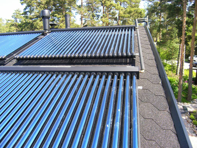 Universal Heat Pipe Pressurized Solar Water Heater