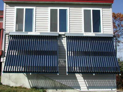 Split Pressurized heat pipe solar water heater