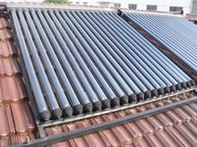 Rooftop Vacuum Tube Heat Pipe Solar Water Heater